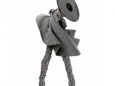 Sneak peek do verão 2015 de Gareth Pugh